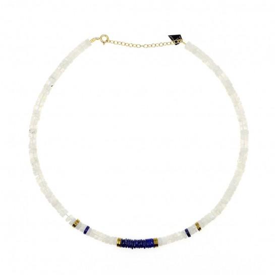 collier puka en pierre de lune et lapis lazuli couleur  bleu et gris